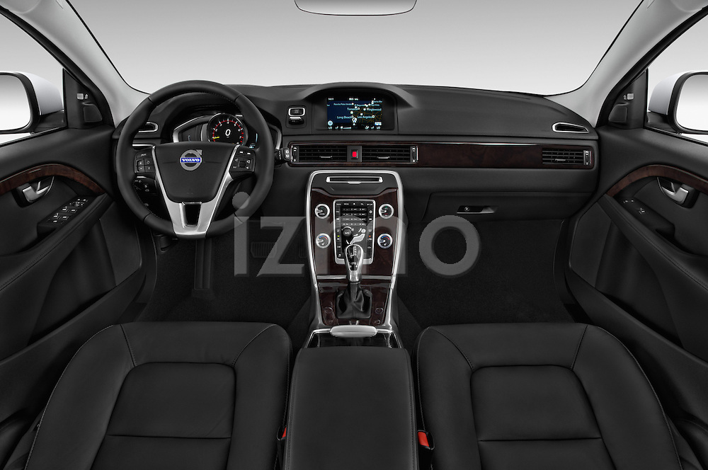 Stock photo of straight dashboard view of a 2015 Volvo XC70 T5 5 Door Wagon