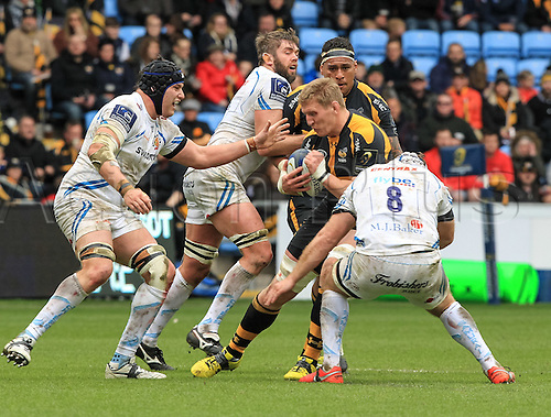 09.04.2016. Ricoh Arena, Coventry, England. European Champions Cup. Wasps versus Exeter Chiefs.  Wasps Bradley Davies on the charge tackled by Richard Baxter