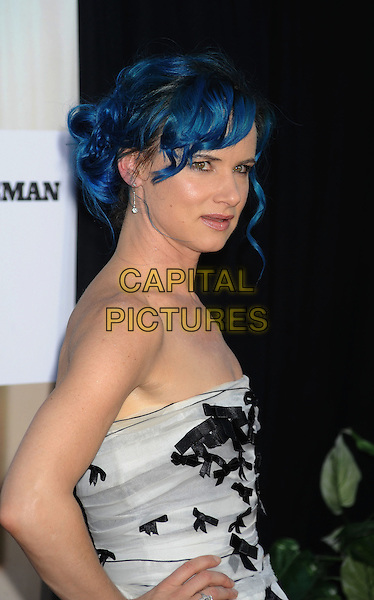 "JULIETTE LEWIS.World Premiere of ""The Switch"" held at The Arclight Theatre in Hollywood, California, USA,.August 16th 2010.half length strapless prom dress black print grey gray blue dyed hair .CAP/ROT/TM.©TM/ROT/Capital Pictures"