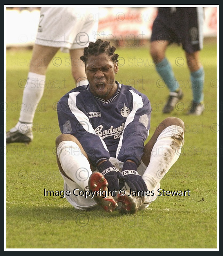 01/02/2003                   Copyright Pic : James Stewart.File Name : stewart-falkirk v st john 02.COLLIN SAMUEL NUSRES A SORE FOOT.......James Stewart Photo Agency, 19 Carronlea Drive, Falkirk. FK2 8DN      Vat Reg No. 607 6932 25.Office     : +44 (0)1324 570906     .Mobile  : +44 (0)7721 416997.Fax         :  +44 (0)1324 570906.E-mail  :  jim@jspa.co.uk.If you require further information then contact Jim Stewart on any of the numbers above.........
