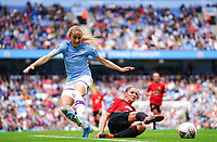 20190907 – MANCHESTER, ENGLAND: Manchester City's Janine Beckie (11) and Manchester United's Abbie McManus (5) are pictured during the match between Manchester City Women and Manchester United Women, first game for both of the teams in the the Barclays FA Women's Super League , Saturday  7th September 2019 at the Ethiad Stadium, Manchester. PHOTO SPORTPIX.BE | Sevil Oktem
