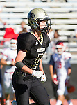 Palos Verdes, CA 10/21/16 - Zach Mcguinness (Peninsula #3) in action during the CIF Southern Section Bay League Redondo Union - Palos Verdes Peninsula game at Peninsula High School.