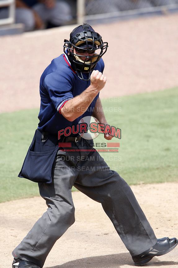July 12, 2009:  Umpire Ben May during Florida State League game at Dunedin Stadium in Dunedin, FL.  Photo By Mike Janes/Four Seam Images