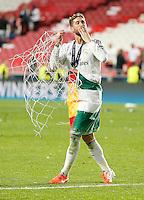 LISBOA, PORTUGUAL, 24.05.2014 - LIGA DOS CAMPEOES - REAL MADRID - ATLETICO DE MADRID -Sergio Ramos do Real Madrid comemora a conquista da Liga dos Campeões após a vitória por 4 a 1, na prorrogação contra o Atlético de Madrid, no estádio da Luz, em Lisboa, Portugal, neste sábado. O Real conquistou a taça da Liga pela 10ª vez. (PHOTO: PIXATHLON / BRAZIL PHOTO PRESS).