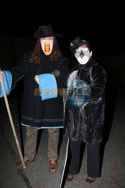 Gerry McKeown and Deirdre Howard Russel.at the walking ghost tours in Millmount..Picture: Fran Caffrey/www.newsfile.ie.