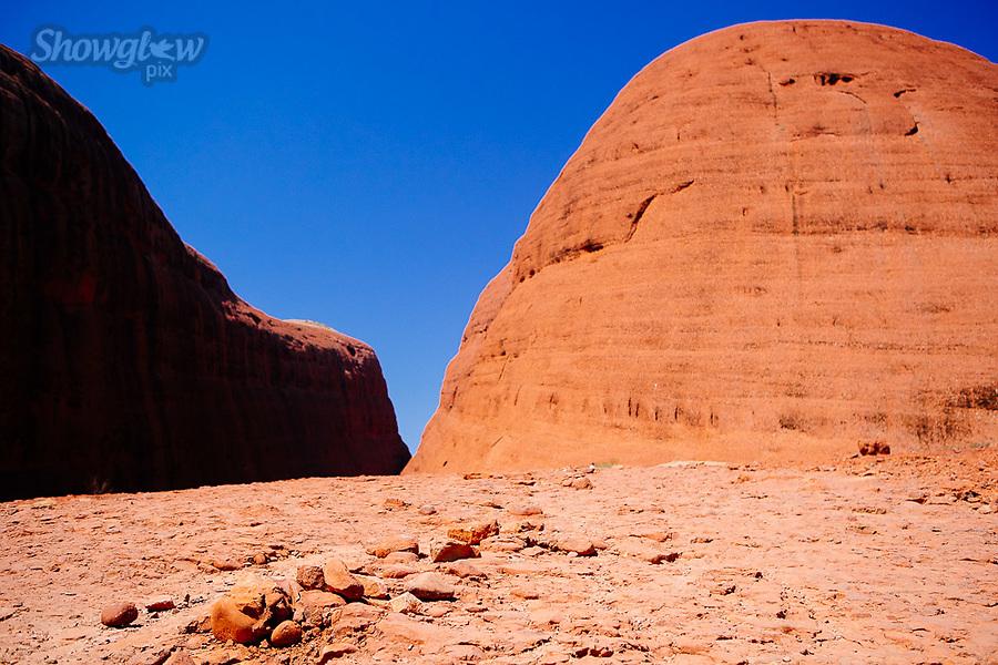 Image Ref: CA657<br /> Location: Kata Tjuta, Alice Springs<br /> Date of Shot: 13.09.18