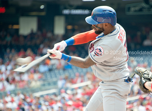 New York Mets shortstop Jose Reyes (7) connects for a lead-off, first inning home run against the Washington Nationals at Nationals Park in Washington, D.C. on Tuesday, July 4, 2017.  <br /> Credit: Ron Sachs / CNP<br /> (RESTRICTION: NO New York or New Jersey Newspapers or newspapers within a 75 mile radius of New York City)