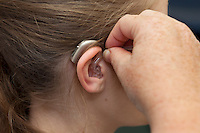 Positioning your Hearing Aid for insertion