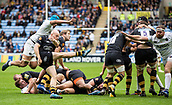 1st October 2017, Ricoh Arena, Coventry, England; Aviva Premiership rugby, Wasps versus Bath Rugby;  Joe Simpson (Wasps) kicks for position