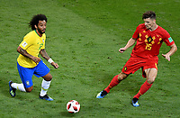KAZAN - RUSIA, 06-07-2018: MARCELO (Izq) jugador de Brasil disputa el balón con Thomas MEUNIER (Der) jugador de Bélgica durante partido de cuartos de final por la Copa Mundial de la FIFA Rusia 2018 jugado en el estadio Kazan Arena en Kazán, Rusia. / MARCELO (L) player of Brazil fights the ball with Thomas MEUNIER (R) player of Belgium during match of quarter final for the FIFA World Cup Russia 2018 played at Kazan Arena stadium in Kazan, Russia. Photo: VizzorImage / Julian Medina / Cont