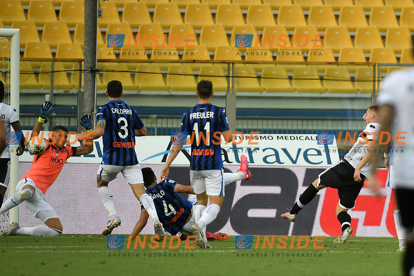 Dejan Kulusevski of Parma scores the goal of 1-0 during the Serie A football match between Parma Calcio and Atalanta BC at Ennio Tardini stadium in Parma (Italy), July 28th, 2020. Play resumes behind closed doors following the outbreak of the coronavirus disease. Photo Andrea Staccioli / Insidefoto