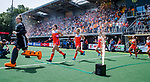 Den Bosch  -  Nederland, , keeper Anne Veenendaal (Ned) , Lidewij Welten (Ned) , Maria Verschoor (Ned) , Marloes Keetels (Ned), Xan de Waard (Ned) ,  betreedt het veld, met vuurwerk,    voor  de Pro League hockeywedstrijd dames, Nederland-Belgie (2-0).  COPYRIGHT KOEN SUYK