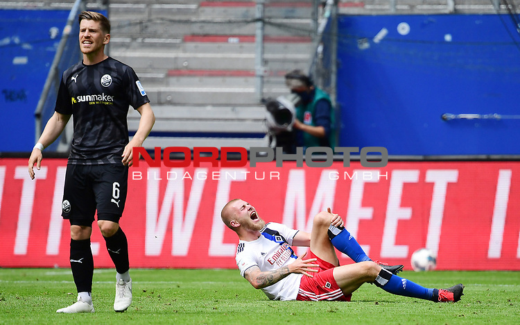 v.l. Denis Linsmayer, Rick van Drongelen (HSV, verletzt)<br />