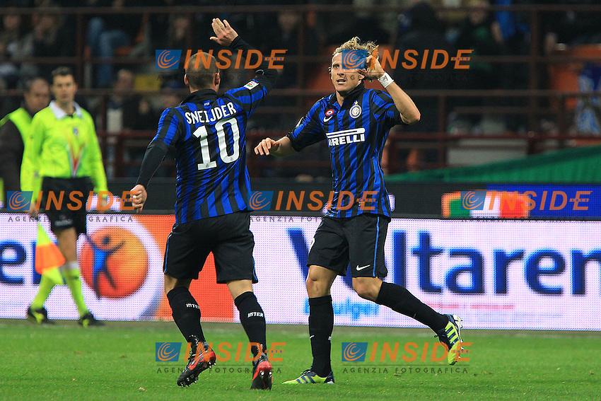 """Esultanza di Diego Forlan Inter.Goal celebration.Milano 04/03/2012 Stadio """"S.Siro"""".Football / Calcio Serie A 2011/12 Inter vs Catania.Foto Insidefoto Paolo Nucci."""