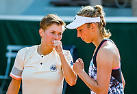 Paris, France, 31 May, 2018, Tennis, French Open, Roland Garros, Womans doubles: Elise Mertens (BEL) / Demi Schuurs (NED) (L)<br /> Photo: Henk Koster/tennisimages.com