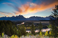 Autumn sunset, Snake River Overlook, Grand Tetons, Grand Teton National Park<br />