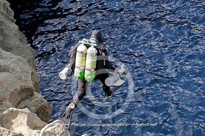 Tauchen, Technischer Taucher auf Gozo, Scuba diving, Technical Scuba diver on Gozo, Malta, Sued Europa, Mittelmeer, Mare Mediterraneum, Sotuh Europe, Mediterranean Sea