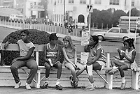 - young people on seafront....- giovani sul lungomare....