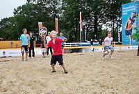Netherlands, Den Bosch, 18.06.2014. Tennis, Topshelf Open, Kidsday, beachtennis<br /> Photo:Tennisimages/Henk Koster