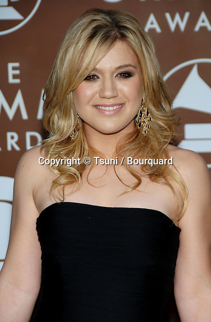 Kelly Clarkson arriving at the 48th Grammy Awards at the  Staples Center In Los Angeles, Wednesday February 8, 2006