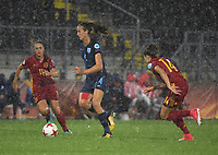 20170723 - BREDA , NETHERLANDS : English Jill Scott (M) with Spanish Vicky Losada (R) and Alexia Putellas (L) pictured during the female soccer game between England and Spain  , the second game in group D at the Women's Euro 2017 , European Championship in The Netherlands 2017 , Sunday 23 th June 2017 at Stadion Rat Verlegh in Breda , The Netherlands PHOTO SPORTPIX.BE | DIRK VUYLSTEKE