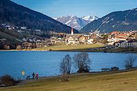 Italy, South-Tyrol (Alto Adige - Trentino), Vinschgau (Val Venosta), San Valentino alla Muta at Haider Lake (Lago di San Valentino alla Muta)   Italien, Suedtirol, Vinschgau, St. Valentin auf der Haide am Haidersee