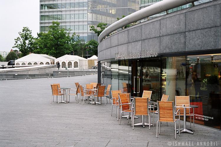 LONDON BRIDGE CAFE