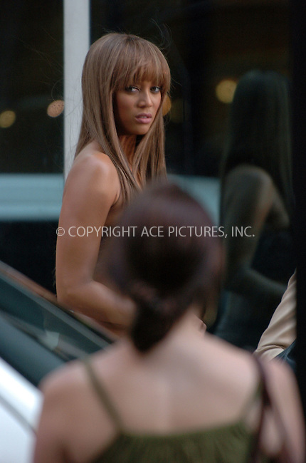 WWW.ACEPIXS.COM . . . . .  ....August 5 2007, New York City....TV Presenter and model Tyra Banks was in downtown Manhattan shooting a commercial for the 'Trya Banks Show'.....Please byline: AJ Sokalner - ACEPIXS.COM..... *** ***..Ace Pictures, Inc:  ..te: (646) 769 0430..e-mail: info@acepixs.com..web: http://www.acepixs.com