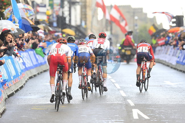 Chain drop for Idar Andersen in the front group on the Harrogate circuit during the Men U23 Road Race of the UCI World Championships 2019 running 186.9km from Doncaster to Harrogate, England. 27th September 2019.<br /> Picture: Eoin Clarke | Cyclefile<br /> <br /> All photos usage must carry mandatory copyright credit (© Cyclefile | Eoin Clarke)