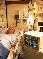 Heart patient in intensive care unit