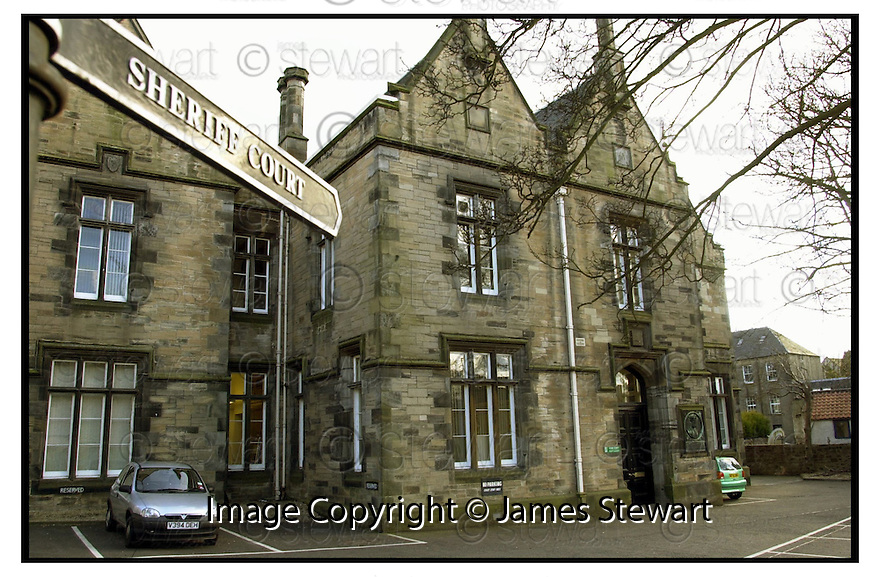 18th April 2001    Copyright Pic : James Stewart .Ref :                           .File Name : stewart02-linlithgow court.GENERAL VIEW OF LINLITHGOW SHERIFF COURT....James Stewart Photo Agency, Stewart House, Stewart Road, Falkirk. FK2 7AS      Vat Reg No. 607 6932 25.Office : +44 (0) 1324 630007     Mobile : 07721 416997.Fax     :  +44 (0) 1324 630007.E-mail : jim@jspa.co.uk.If you require further information then contact Jim Stewart on any of the numbers above.........