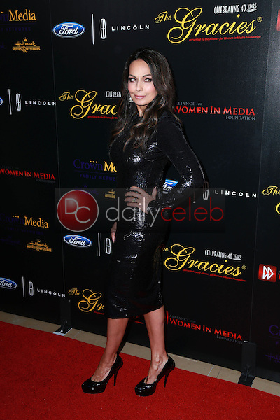 Moll Anderson<br /> at the 40th Anniversary Gracies Awards, Beverly Hilton, Beverly Hills, CA 05-19-15<br /> David Edwards/DailyCeleb.com 818-249-4998