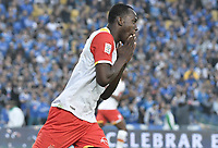 BOGOTA - COLOMBIA -16 -07-2017: Baldomero Perlaza jugador de Santa Fe lamenta perder una opción de gol durante el encuentro entre Millonarios y Independiente Santa Fe por la fecha 2 de la Liga Aguila II 2017 jugado en el estadio Nemesio Camacho El Campin de la ciudad de Bogota. / Baldomero Perlaza player of Santa Fe reacts after loosing a goal opportunity during match between Millonarios and Independiente Santa Fe for the date 2 of the Liga Aguila II 2017 played at the Nemesio Camacho El Campin Stadium in Bogota city. Photo: VizzorImage / Gabriel Aponte / Staff.