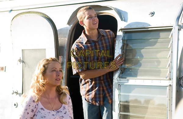 VIRGINIA MADSEN & MAX THIERIOT .in The Astronaut Farmer .**Editorial Use Only**.CAP/FB.Supplied by Capital Pictures