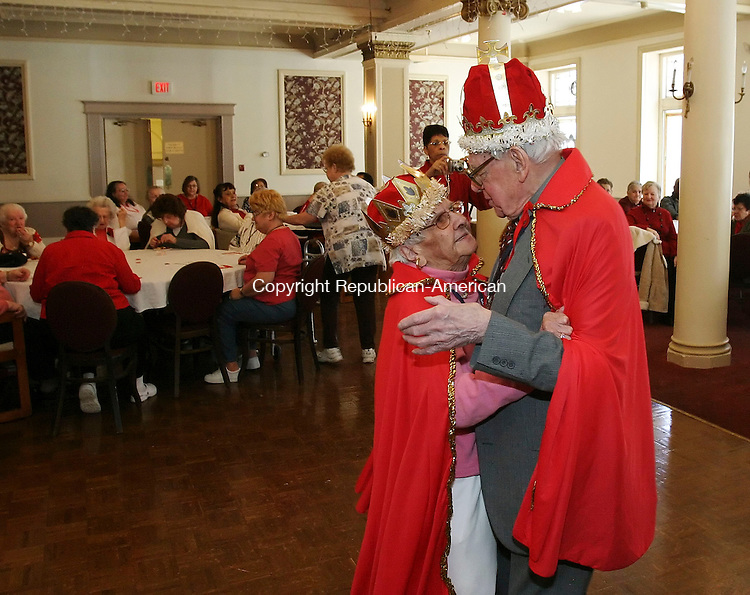WATERBURY, CT 02/14/08- 021408BZ01- Honorary King and Queen Marie and James Jannitto, former owners of the Campus Corner clothing store, dance during a Valentine's Day party at the Elton in Waterbury Thursday afternoon. The party was open to residents of the Elton and area nursing homes.<br /> Jamison C. Bazinet Republican-American