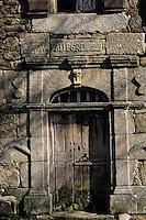 Europe/France/Auvergne/15/Cantal/Loubaresse: Ecomusée de la Margeride: Maison du paysan - Détail de la porte
