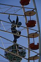 Europe/France/Aquitaine/33/Gironde/Bordeaux: Place des Quinconces, Le monument des girondins - La statue Liberté lors de la foire des Quinconces
