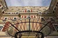 Europe/France/Aquitaine/64/Pyrénées-Atlantiques/Pays Basque/ Biarritz: Hôtel du Palais- Verrière de l'entrée