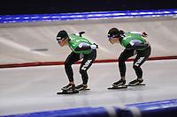 SCHAATSEN: HEERENVEEN: Thialf, 25-06-2012, Zomerijs, TVM schaatsploeg, Linda de Vries, Ireen Wüst, ©foto Martin de Jong