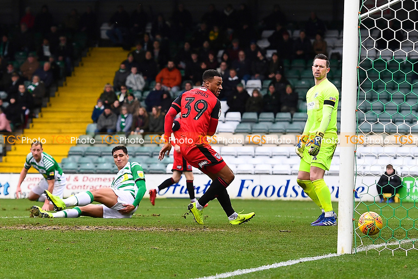 Wes Thomas of Grimsby Town scores the second goal during Yeovil Town vs Grimsby Town, Sky Bet EFL League 2 Football at Huish Park on 9th February 2019