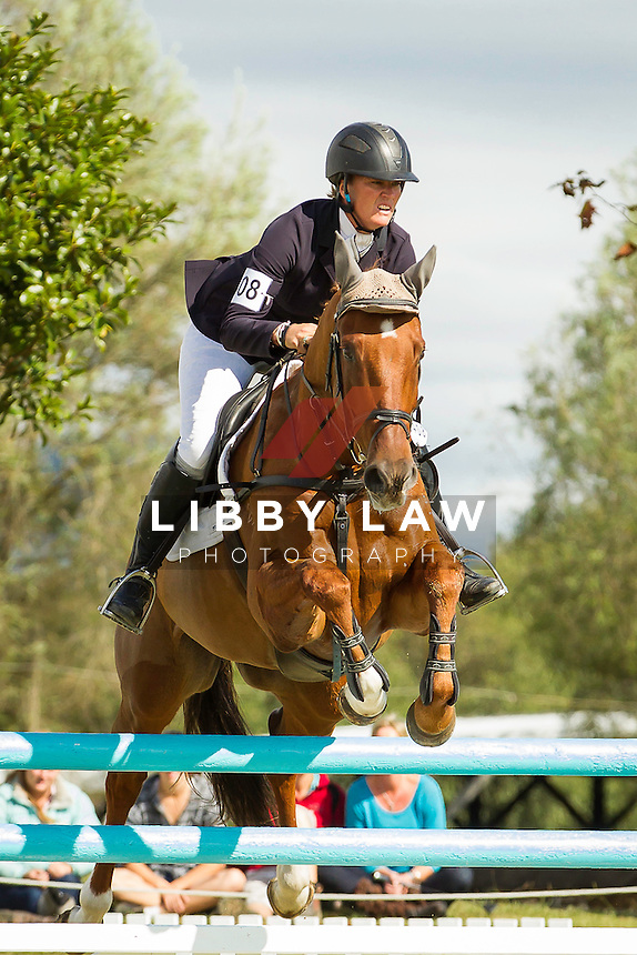 2014 CIC1* TITLE WINNER: NZL-Donna Smith (CLUNY) FINAL-1ST: CIC1* SHOWJUMPING: 2014 NZL-BNZ Kihikihi International Horse Trial (Sunday 13 April) CREDIT: Libby Law COPYRIGHT: LIBBY LAW PHOTOGRAPHY - NZL