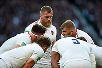 George Kruis of England speaks to his fellow forwards during a break in play. Quilter International match between England and South Africa on November 3, 2018 at Twickenham Stadium in London, England. Photo by: Patrick Khachfe / Onside Images