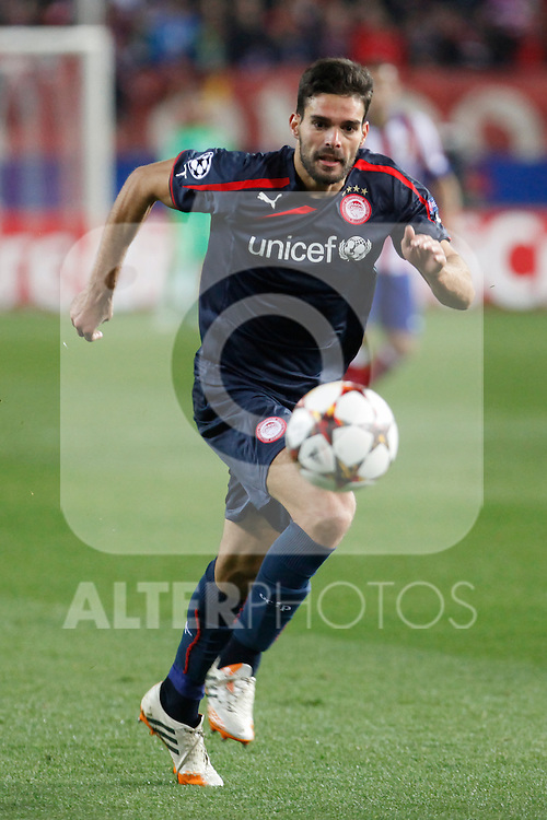 Olympiacos´s Alberto Botia during Champions League soccer match between Atletico de Madrid and Olympiacos at Vicente Calderon stadium in Madrid, Spain. November 26, 2014. (ALTERPHOTOS/Victor Blanco)