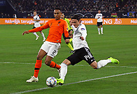 Nico Schulz (Deutschland Germany) gegen Kenny Tete (Niederlande) - 19.11.2018: Deutschland vs. Niederlande, 6. Spieltag UEFA Nations League Gruppe A, DISCLAIMER: DFB regulations prohibit any use of photographs as image sequences and/or quasi-video.