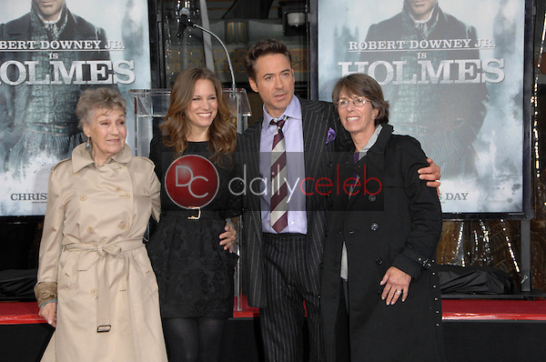 Robert Downey Jr., Elsie Downey and Susan Levin<br /> at Robert Downey Jr. Hand and Footprints Ceremony, Chinese Theater, Hollywood, CA. 12-07-09<br /> David Edwards/Dailyceleb.com 818-249-4998