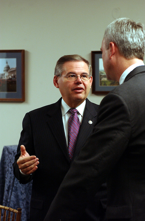 Freshmen10_111302 -- Robert Menendez, D-N.J., during a breakfast hosted by his office for democratic members-elect.