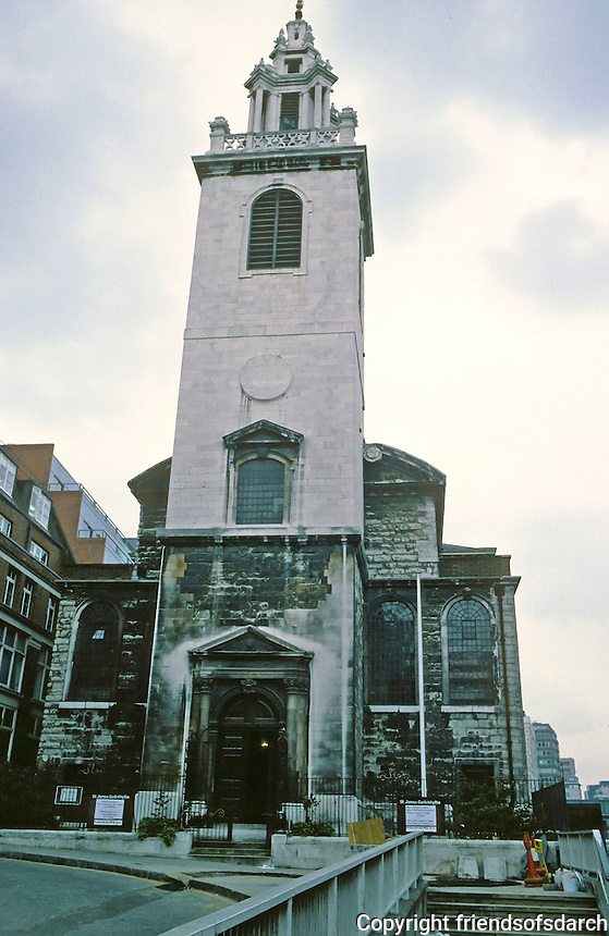 Sir Christopher Wren: St. James Garlickhythe 1674-87. Steeple 1713.