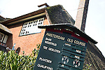 AMSTERDAM ZO - mededelingen bord.  Amsterdam Old Course nabij Arena. COPYRIGHT KOEN SUYK