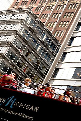 Chicago Tour Bus