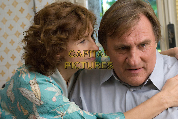 GERARD DEPARDIEU.in Bellamy.*Filmstill - Editorial Use Only*.CAP/PLF.Supplied by Capital Pictures.